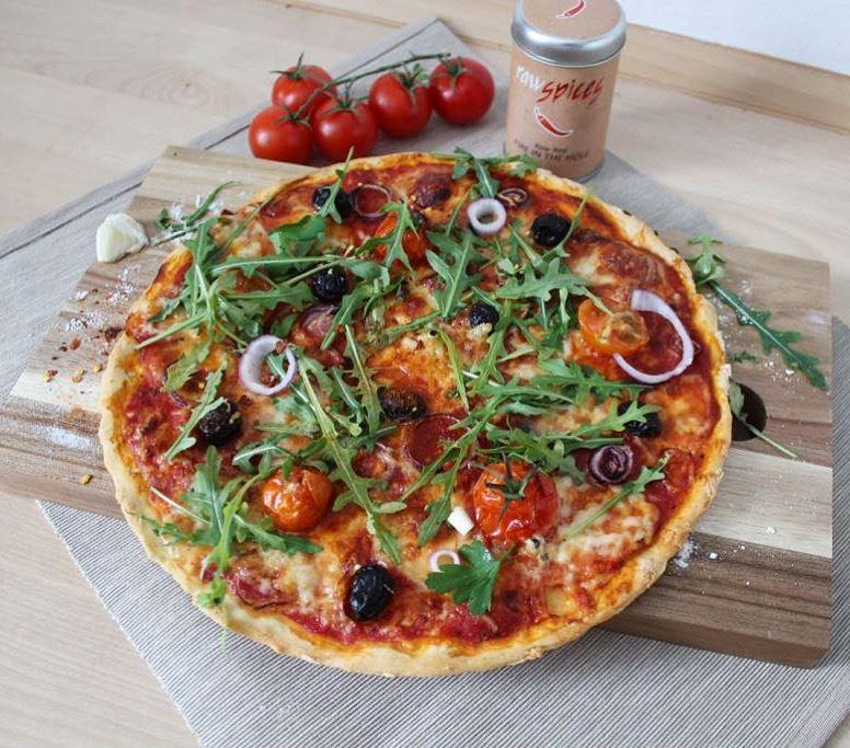 Pizza von meiner italienischen Nonna