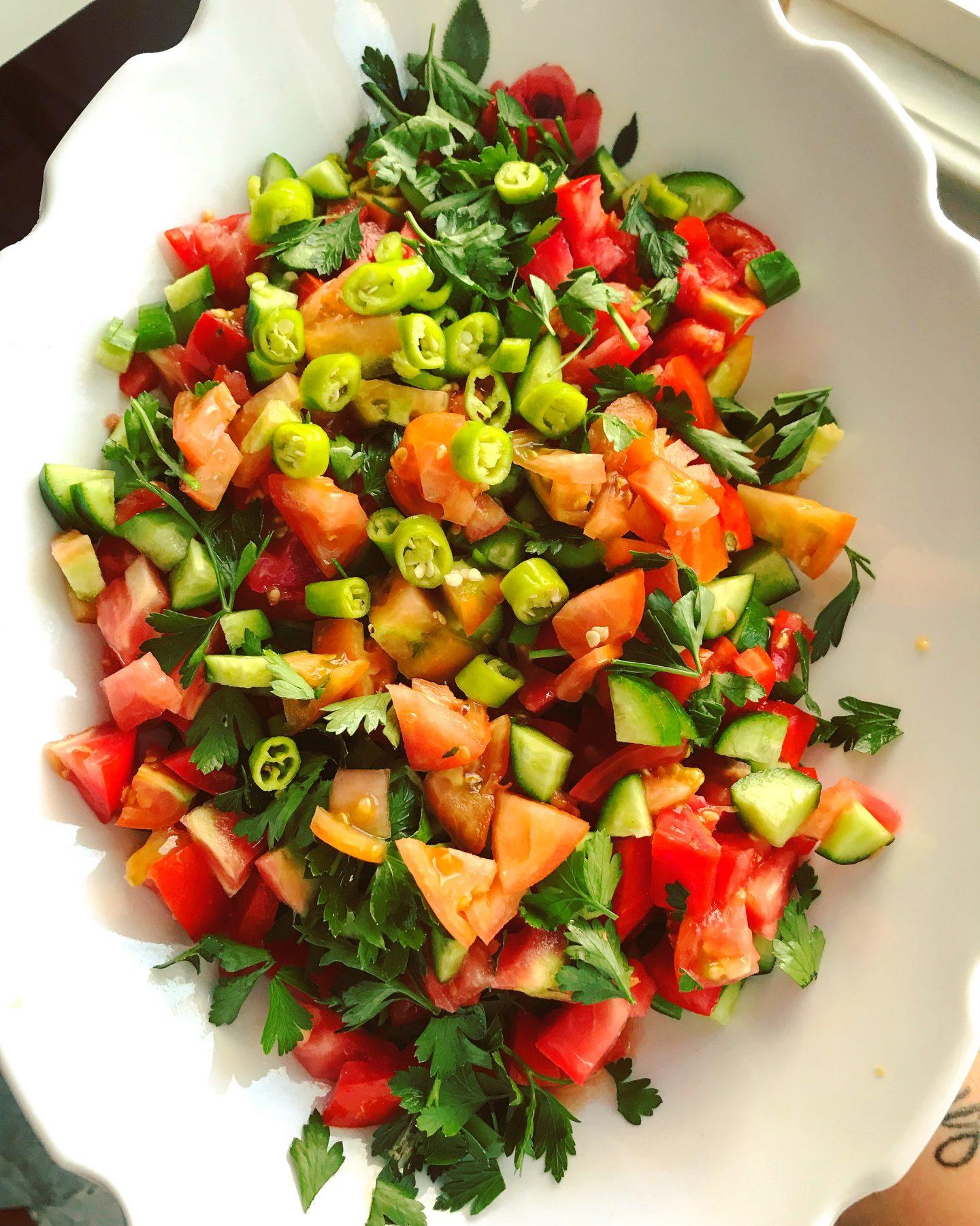 Coban Salatasi – türkischer Hirtensalat