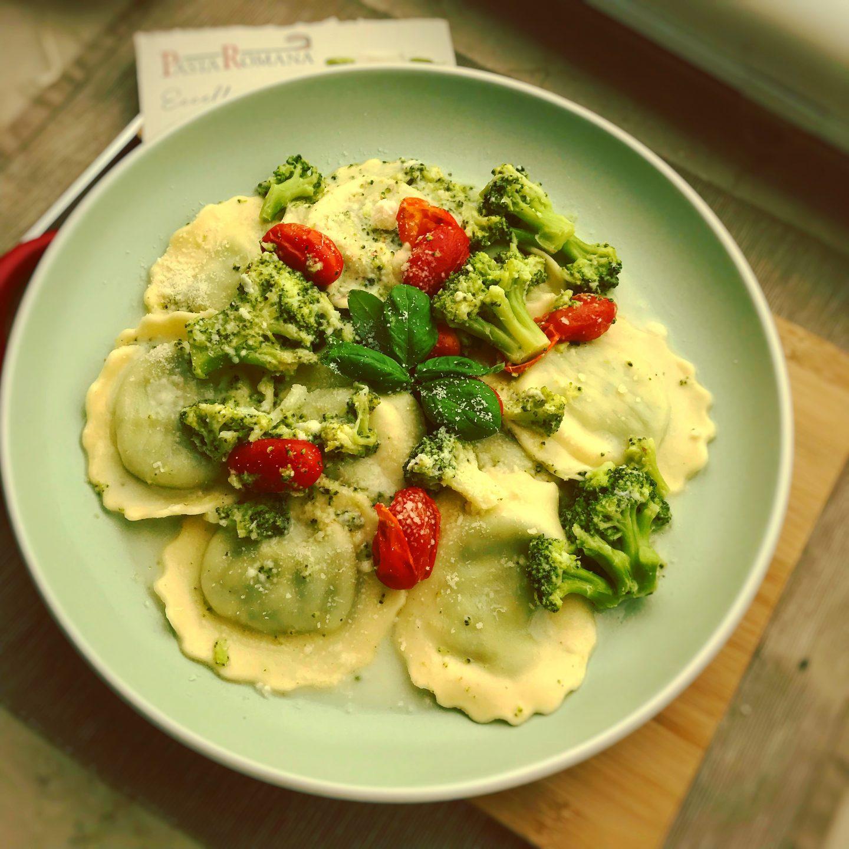 Brokkoli-Gorgonzola Soße mit Pasta