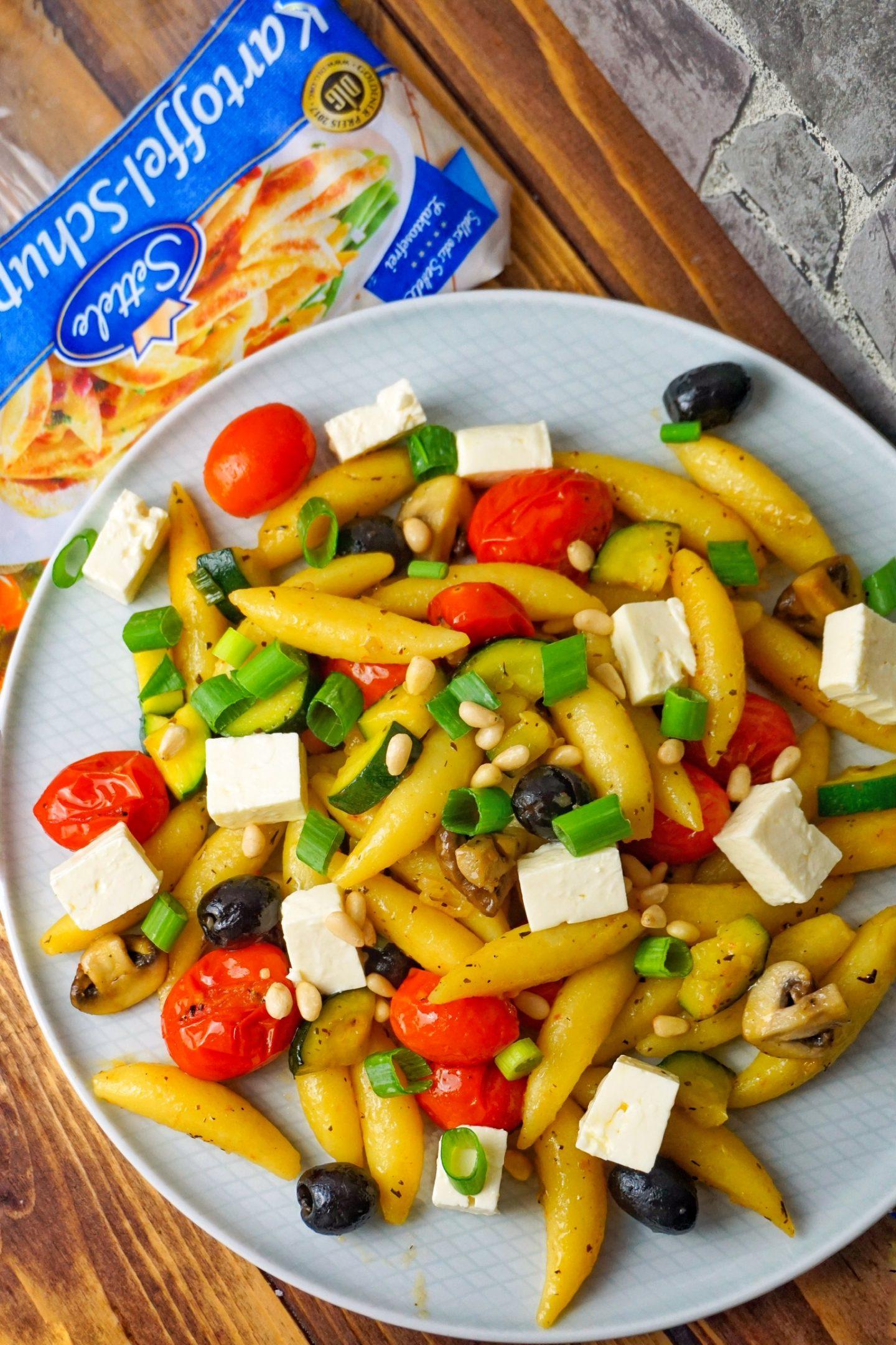 Schupfnudeln mit mediterranem Gemüse und Honig-Tomaten